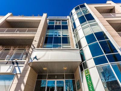 Apartamento for sales at Montreal   Villeray 1 Rue De Castelnau E., apt. 203 Montreal, Quebec H2R1P1 Canadá