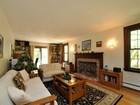 Tek Ailelik Ev for sales at Prescott Road Gambrel Home 112 Prescott Road  Boxborough, Massachusetts 01719 Amerika Birleşik Devletleri