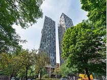 Кооперативная квартира for sales at Spectacular City & Skyline Views! 345 W Fullerton Parkway Unit 2106   Chicago, Иллинойс 60614 Соединенные Штаты