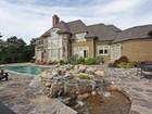 Maison unifamiliale for sales at Elegant Country Home 10 Fox Run Sherman, Connecticut 06784 États-Unis