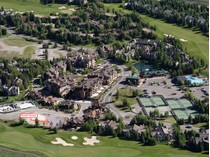 Villetta a schiera for sales at New Townhome on the Golf Course TBD 113 Senabi Lane  Elkhorn, Sun Valley, Idaho 83353 Stati Uniti