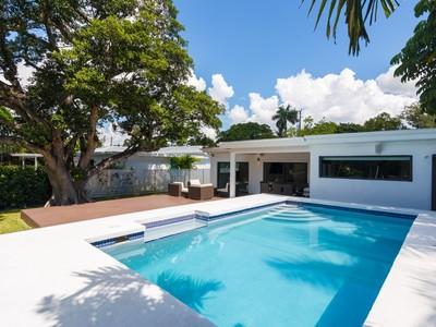 Maison unifamiliale for sales at 1740 Cleveland Rd.  Miami Beach, Florida 33141 États-Unis