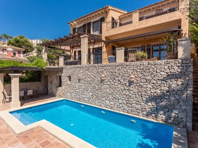 Einfamilienhaus for sales at Villa mit grandiosem Ausblick in Port Andratx  Port Andratx, Mallorca 07157 Spanien