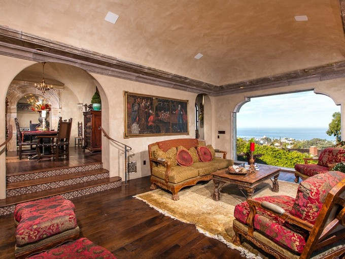 Single Family Home for sales at 7604 Country Club Dr    La Jolla, California 92037 United States