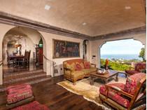 Villa for sales at 7604 Country Club Dr    La Jolla, California 92037 Stati Uniti
