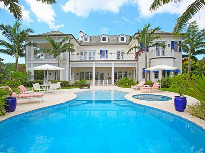 Maison unifamiliale for sales at The Cuckoo's Nest Lyford Cay, New Providence/Nassau Bahamas