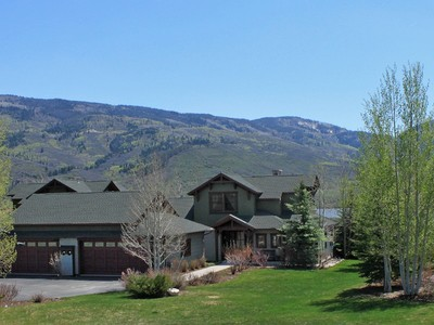 Maison unifamiliale for sales at 30425 Lakeshore Trail  Steamboat Springs, Colorado 80487 United States