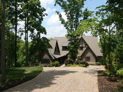 Single Family Home for sales at Marries Casual Lake Living with Every Modern Convenience 136 Cedar Bluff Court Six Mile, South Carolina 29682 United States