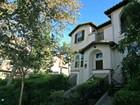 Condominio for  rentals at 774 W First Street 774 W. 1st Street Claremont, California 91711 Estados Unidos
