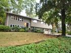 Villa for  sales at Open Concept Split Entry 355 Oak Streeet  Westwood, Massachusetts 02090 Stati Uniti