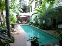 Einfamilienhaus for sales at Propriété atypique 400m² - DEmeure de charme avec piscine  Marseille, Provence-Alpes-Cote D'Azur 13007 Frankreich