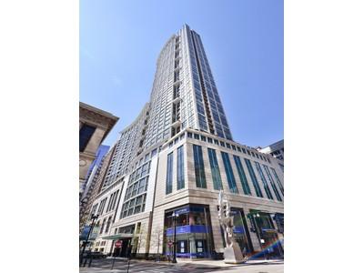 Condomínio for sales at Wonderfully Designed Condo 130 N Garland Court Unit 4001  Loop, Chicago, Illinois 60602 Estados Unidos
