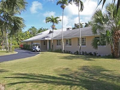 Nhà ở một gia đình for sales at Wintertime Lyford Cay, New Providence/Nassau Bahamas
