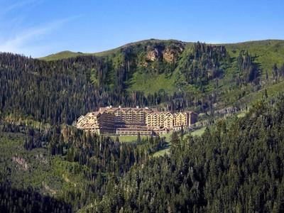 Condomínio for sales at Montage Residences at Deer Valley 9100 Marsac Ave #984   Park City, Utah 84060 Estados Unidos