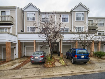 Townhouse for sales at Forest Brooke 10223 Cove Ledge Ct Montgomery Village, Maryland 20886 United States