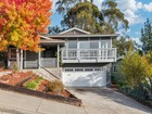 Casa Unifamiliar for  sales at Beautiful Upper Oakmore Home with Bay View 10 Melvin Court   Oakland, California 94602 Estados Unidos