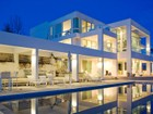Einfamilienhaus for  sales at Arlington Hills Contemporary 1406 Perrys Hollow Rd   Salt Lake City, Utah 84103 Vereinigte Staaten
