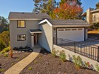 獨棟家庭住宅 for  sales at Sleek and Sophisticated 5951 Glenarms Drive   Oakland, 加利福尼亞州 94611 美國