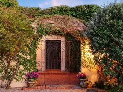 Tek Ailelik Ev for sales at Spanish Colonial Hacienda with Understated Elegance & Old World Charm 8451 E Cloud Road   Tucson, Arizona 85750 Amerika Birleşik Devletleri