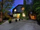 Casa Unifamiliar for  sales at Timeless Two-Story in Prime Salt Lake Location 522 South 1300 East   Salt Lake City, Utah 84102 Estados Unidos