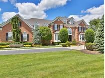獨棟家庭住宅 for sales at 3 Parkwood Lane    Colts Neck, 新澤西州 07722 美國
