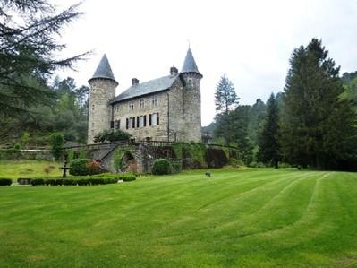 Maison avec plusieurs logements for sales at CEVENNES MAGNIFIQUE CHATEAU DU XVI éme  Uzes, Languedoc-Roussillon 30700 France
