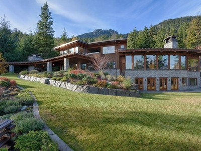 Vivienda unifamiliar for sales at Secluded Mountian Retreat on Acreage 5476 Stonebridge Place   Whistler, British Columbia V0N1B5 Canadá