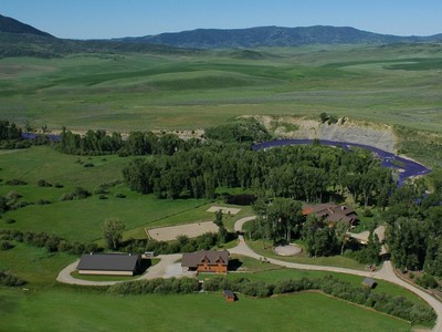Farm / Ranch / Plantation for sales at Elk River Ranch 25565 RCR 54, Steamboat Springs, 콜로라도 80487 미국