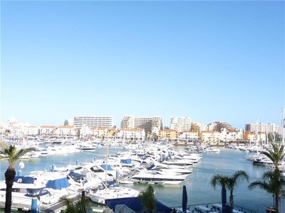 Apartment for sales at Flat, 4 bedrooms, for Sale Loule, Algarve Portugal