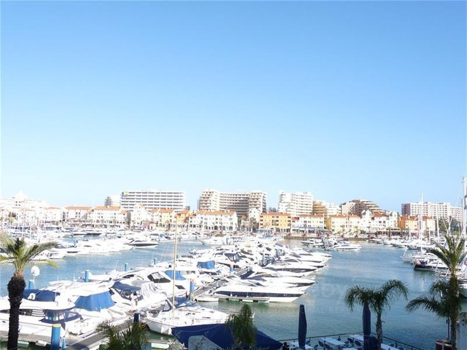 Apartamento for sales at Flat, 4 bedrooms, for Sale Loule, Algarve Portugal