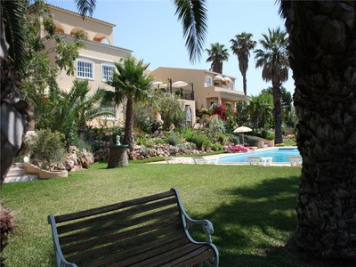 Частный односемейный дом for sales at House, 11 bedrooms, for Sale Loule, Algarve Португалия