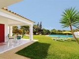 Property Of Detached house, 8 bedrooms, for Sale