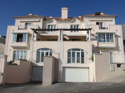 Apartamentos multi-familiares for sales at Building for Sale Parede, Cascais, Lisboa Portugal
