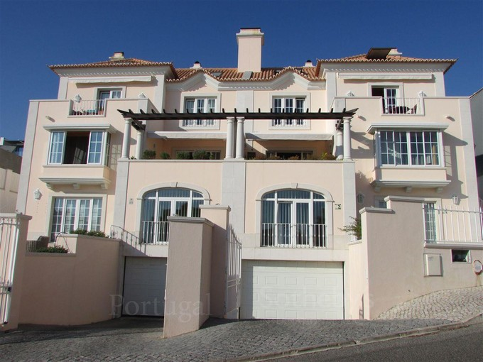 多戶家庭房屋 for sales at Building for Sale Parede, Cascais, 葡京 葡萄牙