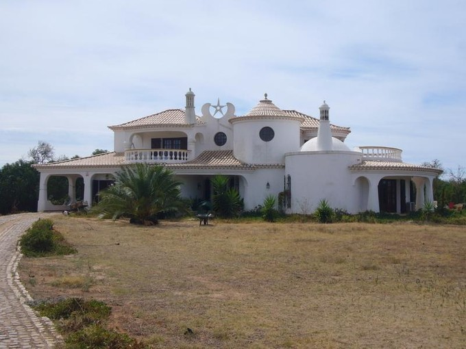 Tek Ailelik Ev for sales at House, 3 bedrooms, for Sale Albufeira, Algarve Portekiz