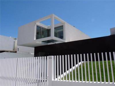 Casa para uma família for sales at House, 5 bedrooms, for Sale Carnaxide, Oeiras, Lisboa Portugal
