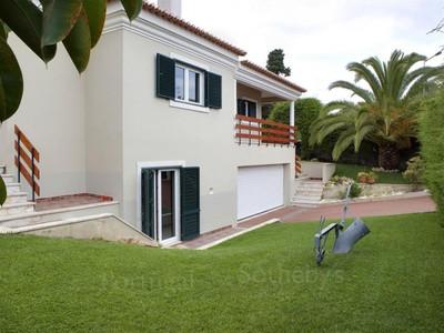 Casa para uma família for sales at House, 4 bedrooms, for Sale Cascais, Lisboa Portugal