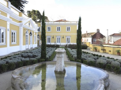 Casa Unifamiliar for sales at House, 5 bedrooms, for Sale Sintra, Lisboa Portugal