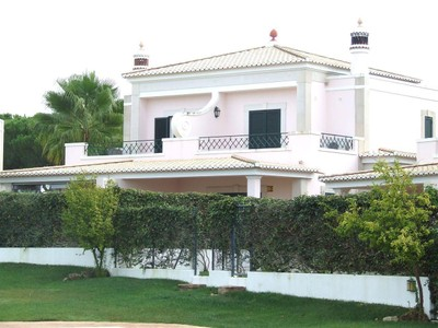 独户住宅 for sales at Semi-detached house, 3 bedrooms, for Sale Loule, Algarve 葡萄牙