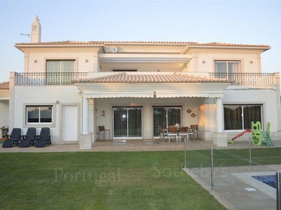 Casa Unifamiliar for sales at House, 4 bedrooms, for Sale Albufeira, Algarve Portugal