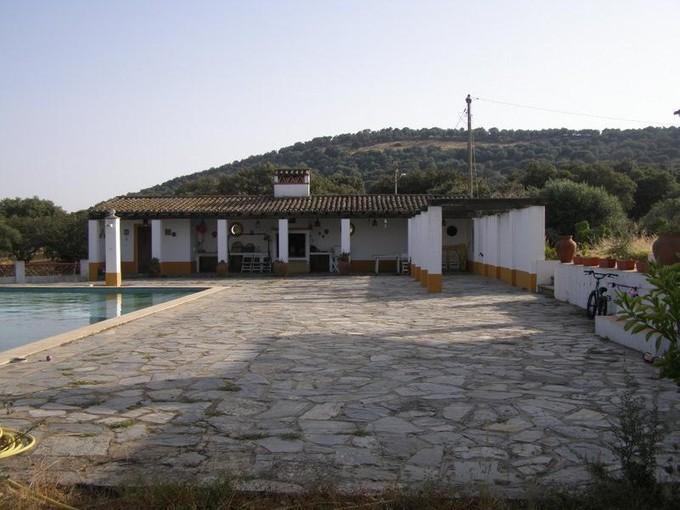 Ferme / Ranch / Plantation for sales at Farm, 10 bedrooms, for Sale Other Portugal, Autres Régions De Portugal Portugal