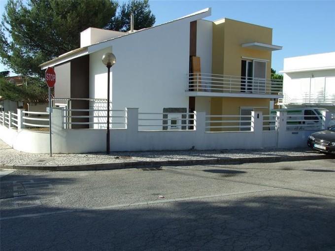 独户住宅 for sales at House, 3 bedrooms, for Sale Cobre, Cascais, 葡京 葡萄牙