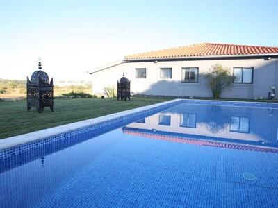 Vivienda unifamiliar for sales at House, 4 bedrooms, for Sale Cascais, Lisboa Portugal