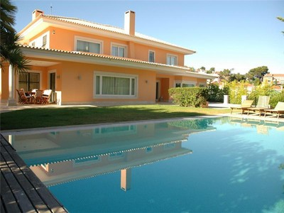 Частный односемейный дом for sales at House, 5 bedrooms, for Sale Cascais, Cascais, Лиссабон Португалия