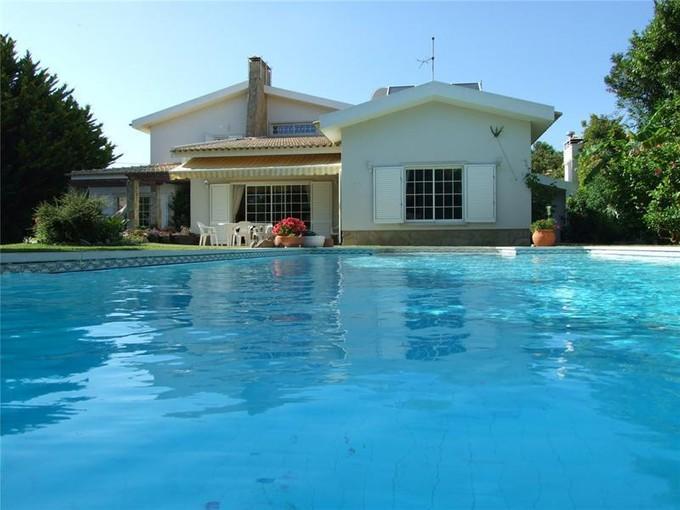 Maison unifamiliale for sales at House, 5 bedrooms, for Sale Areia, Cascais, Lisbonne Portugal