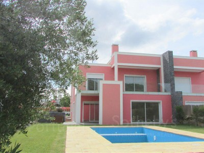 Casa Unifamiliar for sales at House, 4 bedrooms, for Sale Bicesse, Cascais, Lisboa Portugal