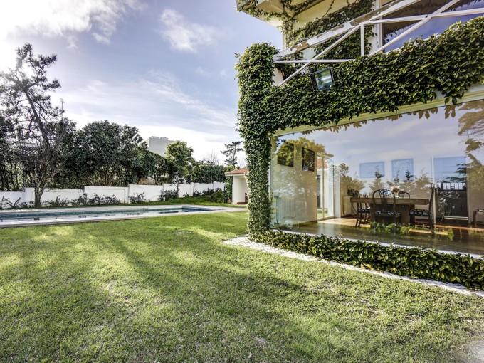 Einfamilienhaus for sales at House, 5 bedrooms, for Sale Estoril, Cascais, Lissabon Portugal