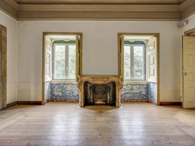 Nhà ở nhiều gia đình for sales at Building for Sale Lisboa, Lisboa Bồ Đào Nha