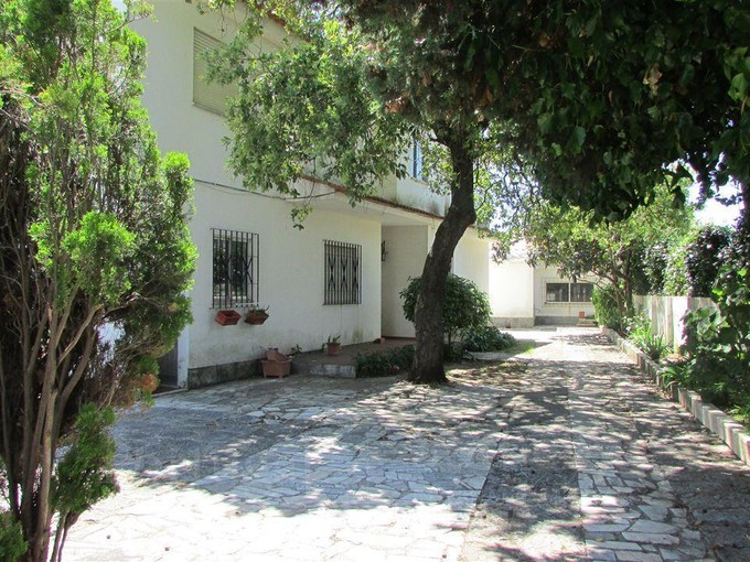 Maison unifamiliale for sales at House, 10 bedrooms, for Sale Parede, Cascais, Lisbonne Portugal