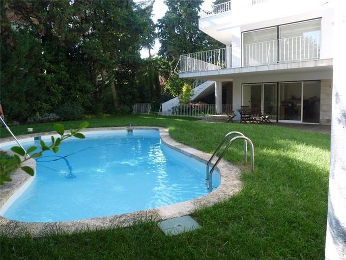 Casa Unifamiliar for sales at House, 8 bedrooms, for Sale Restelo, Lisboa, Lisboa Portugal